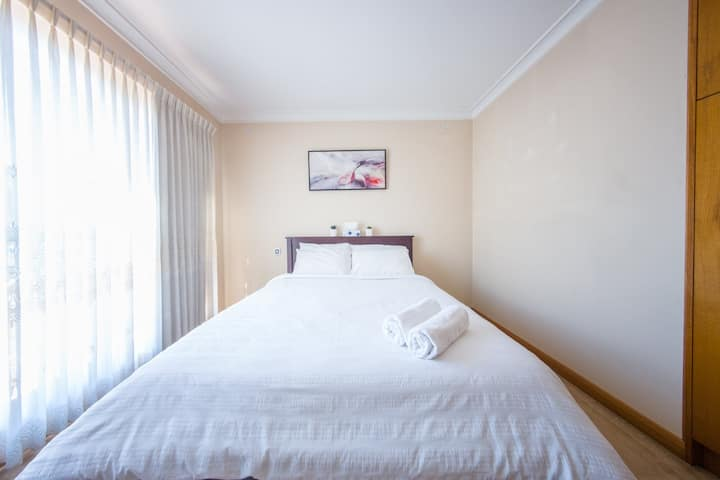 Affordable Luxury in Doncaster (Bedroom 2)