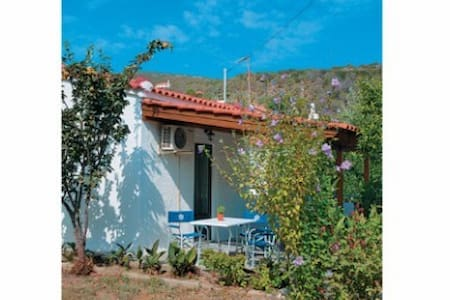 Lemon Tree Cottage - Charavgi