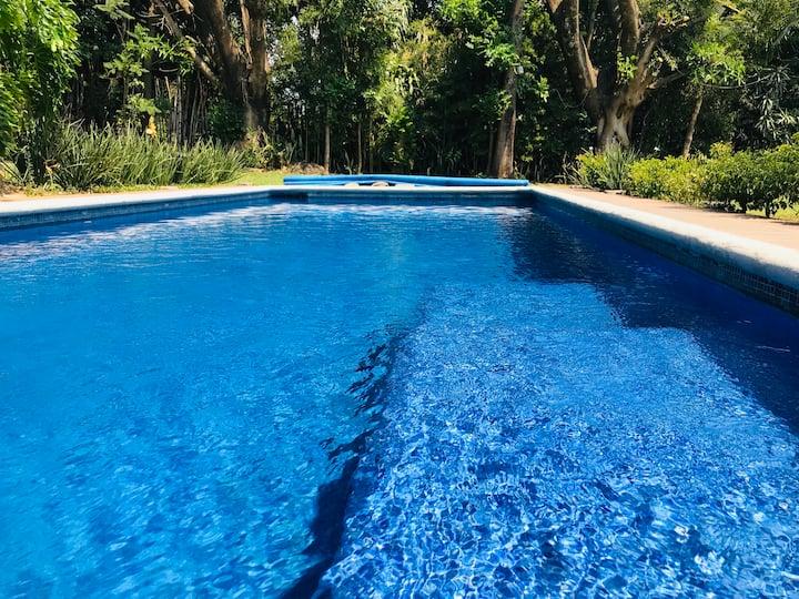 Casa-PARAÍSO en Tepoztlán para 20