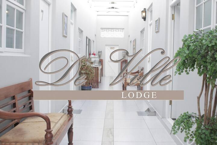 De Ville Lodge, Franschhoek