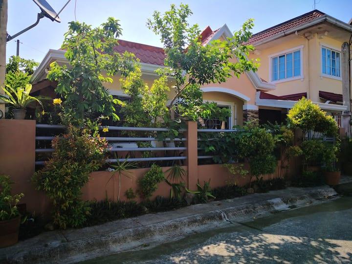 Cozy and Spacious Entire House Calamba Laguna