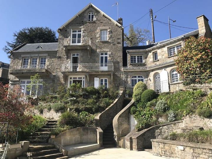 Dinard : Maison avec superbe vue sur mer