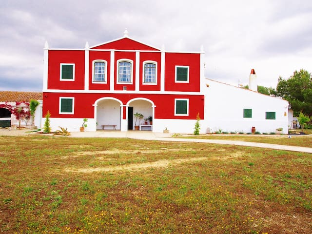 GENUINE MENORCAN VILLAGE HOUSE - MENORCA - House