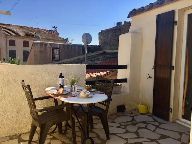 Centre of Olonzac,  2 bedrooms & private terrace