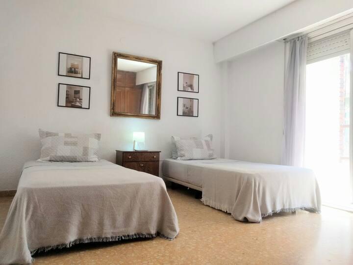 Habitacion privada muy acogedora barrio de Ruzafa