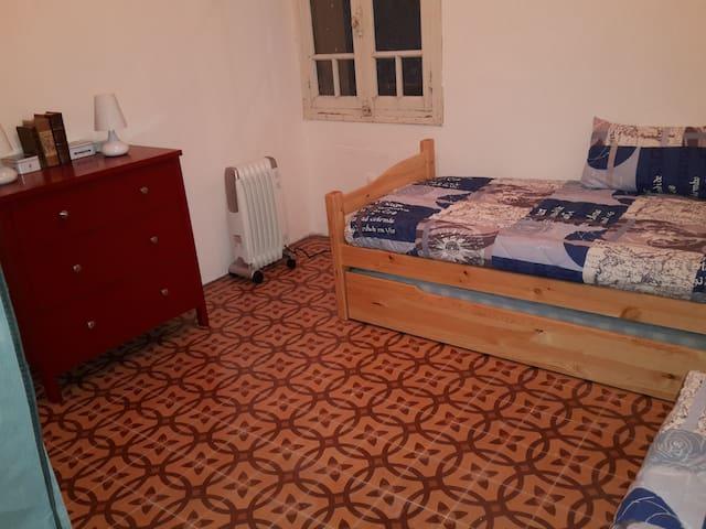 Chambre dans une maison de village - Le Barcarès