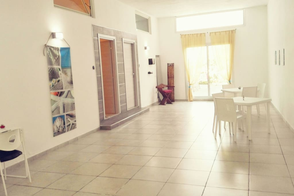 il posto d 39 a mare chambres d 39 h tes louer porto cesareo puglia italie. Black Bedroom Furniture Sets. Home Design Ideas