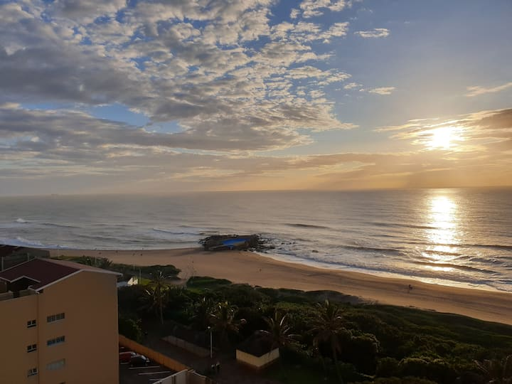 Breathtaking 180° Beach views - Amanzimtoti