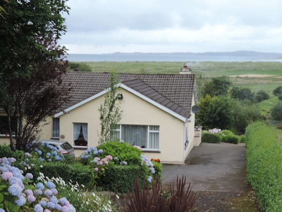 Airbnb | Tir Na Sligo - Vacation Rentals & Places to Stay