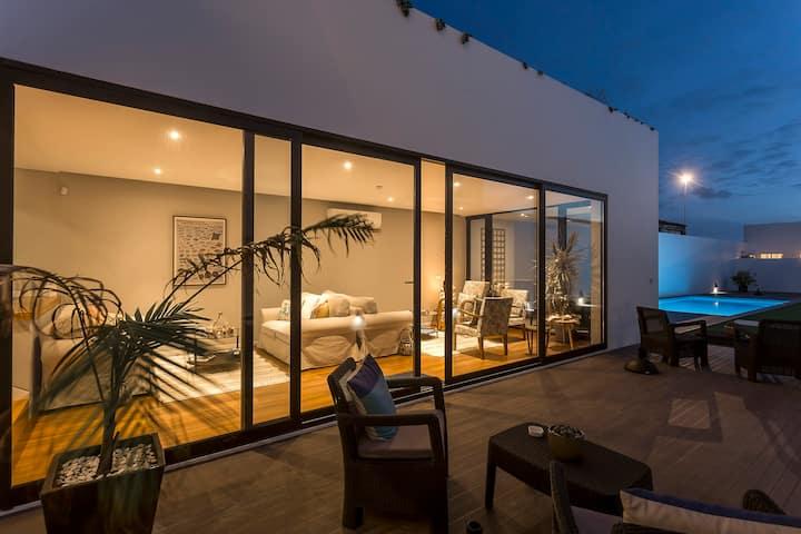 Deluxe suite with sea view // Ponta Delgada