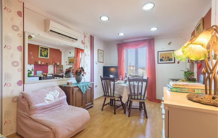 Holiday apartment with 1 bedroom on 39 m² in Vodnjan
