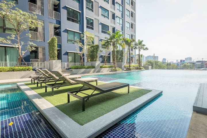 Private Paradise Pool View with cozy location - Bangkok - Apartament
