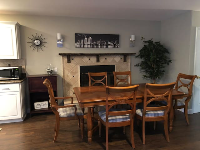 Gas fireplace in dining room!