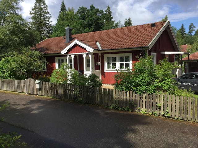 Nice house in child friendly area