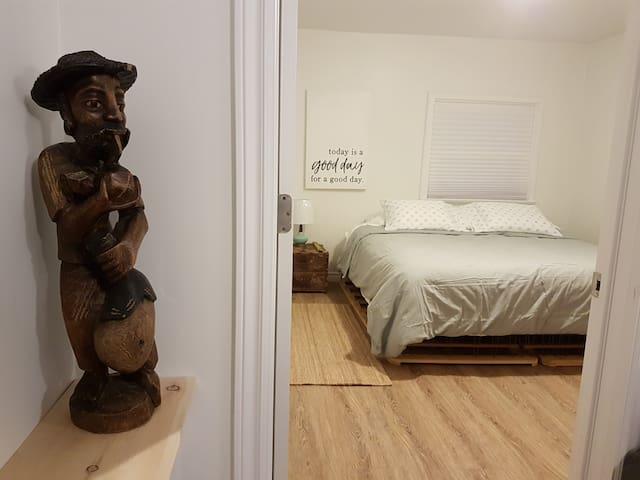 Cuter Cozier Zen 1 Bedroom
