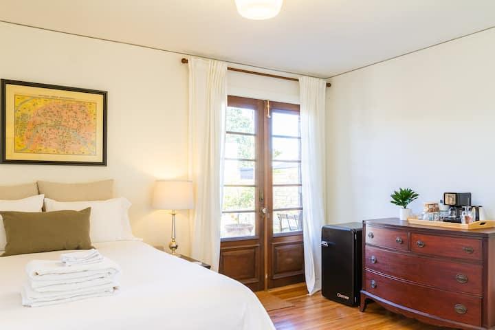 North Park master suite w/ private entrance