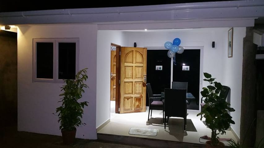 MC SELF CATERING - Seychelles - House