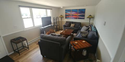 Entire Home Near the River and Downtown STR21-125