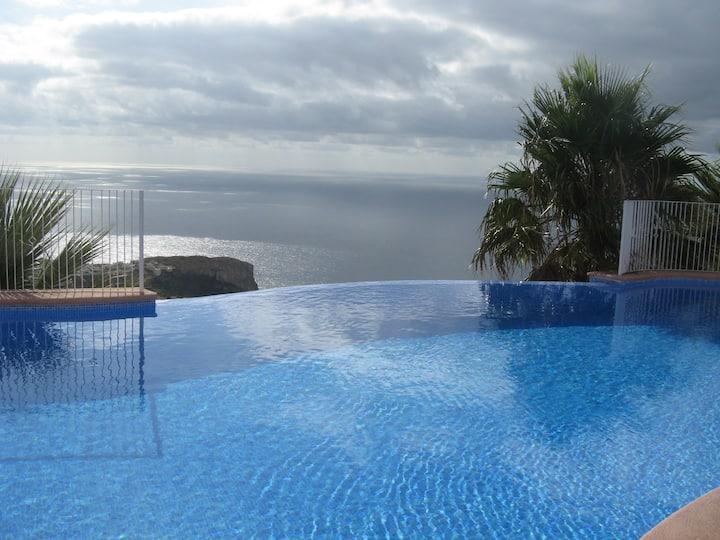 Apartamento con impresionantes vistas al Mar