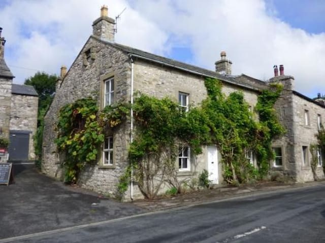 *New for 2020* Stunning recently Renovated Cottage