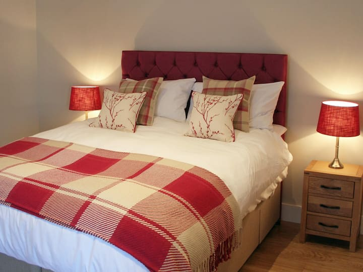 Drury Accessible Double/Twin room@The Red Cow