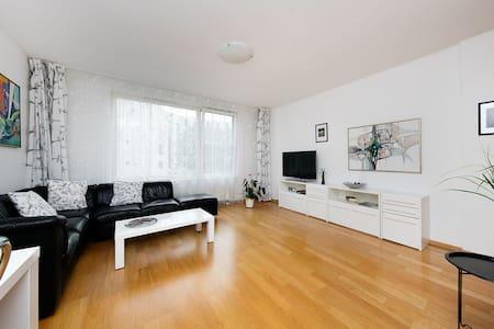 Absolute Centre 3 room Apartment, free parking - Tallinn