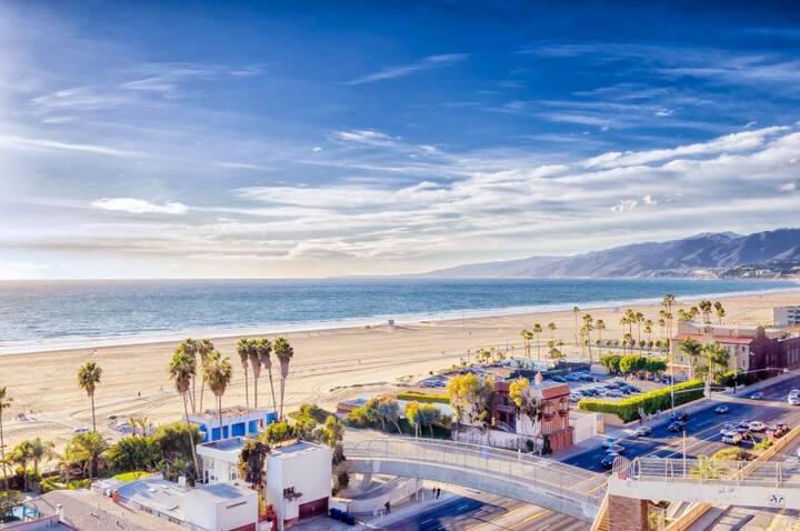 Luxury High-Rise | Silicon Beach & Mountain View