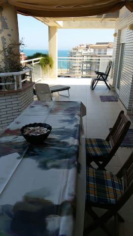 Attic Apartment in Peñíscola. 200 meters beach