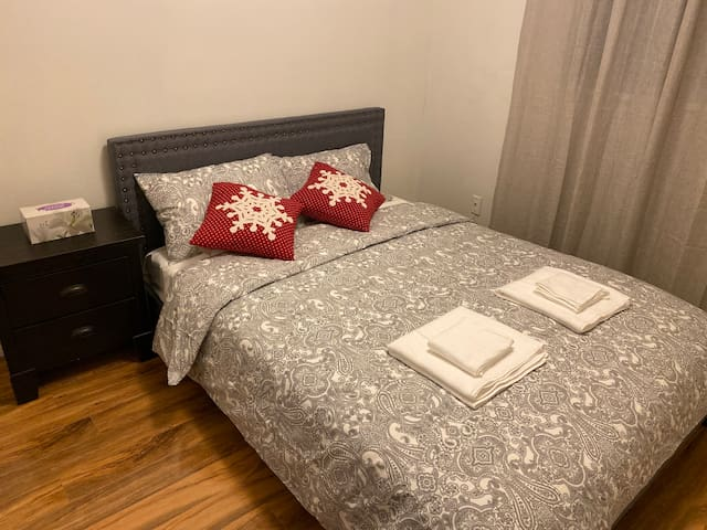 Hub but quiet private room