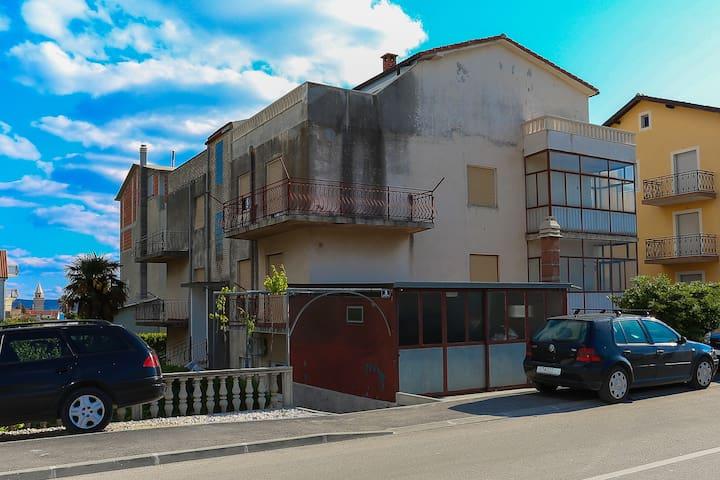 Apartment Udovičić - Kaštel Novi - Departamento