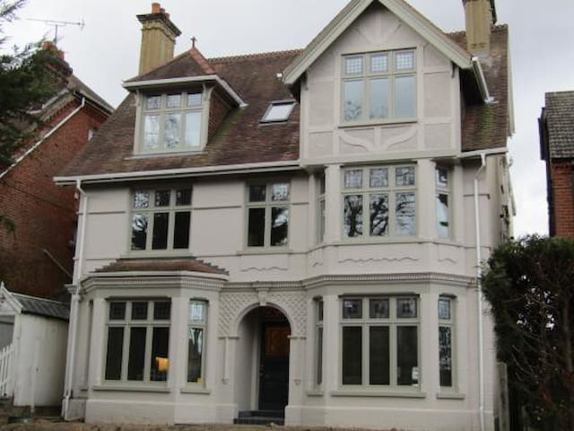 Luxury Fab Two Bed Duplex Apartment on Unthank Rd