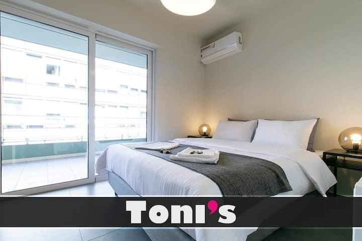 Toni's - Happy 1BD Apartment Close to Metro