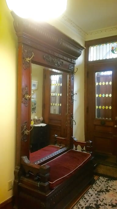 Victorian Front Entry Hall Seating