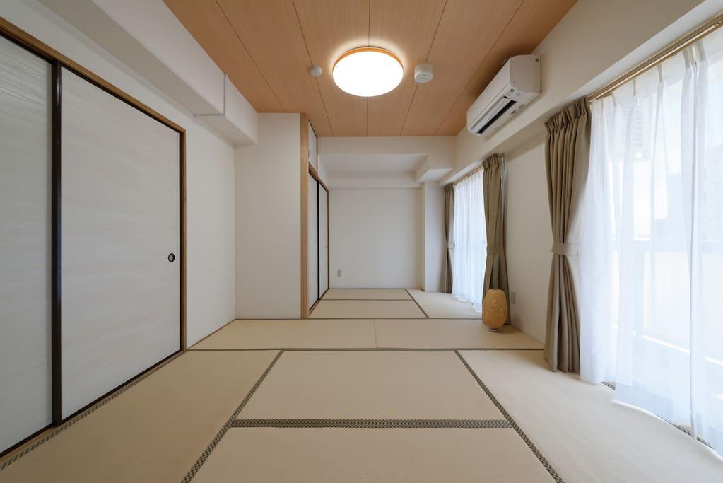 Simple tatami mat room