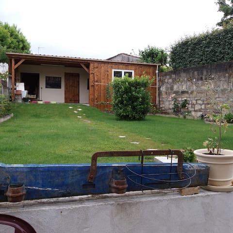 Chambres avec jardin proche st Emilion