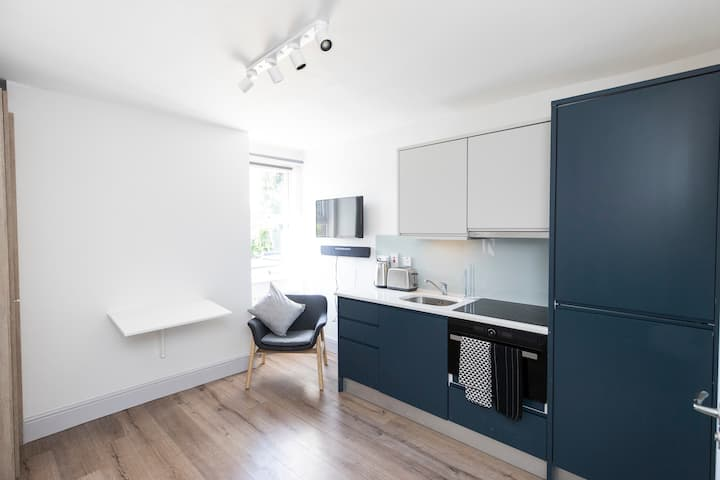 New 1-Bed Studio in Stylish Rathmines