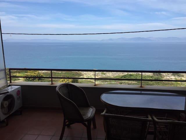 Betsy's beachfront flat - Rafina - Apartment