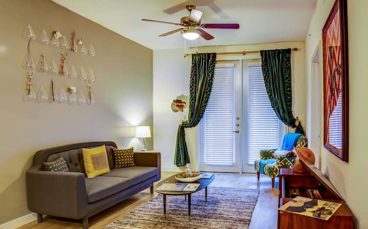 Apartment living at its finest | 1BR in Austin