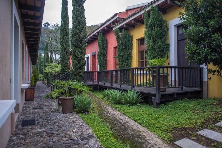 Hermosa villa en ciudad colonial