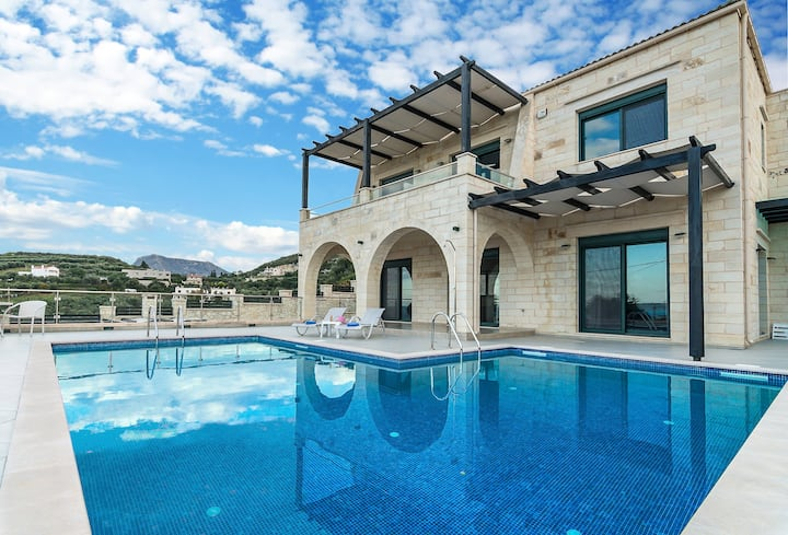 Private pool★ Stone Villa ★ Sea View