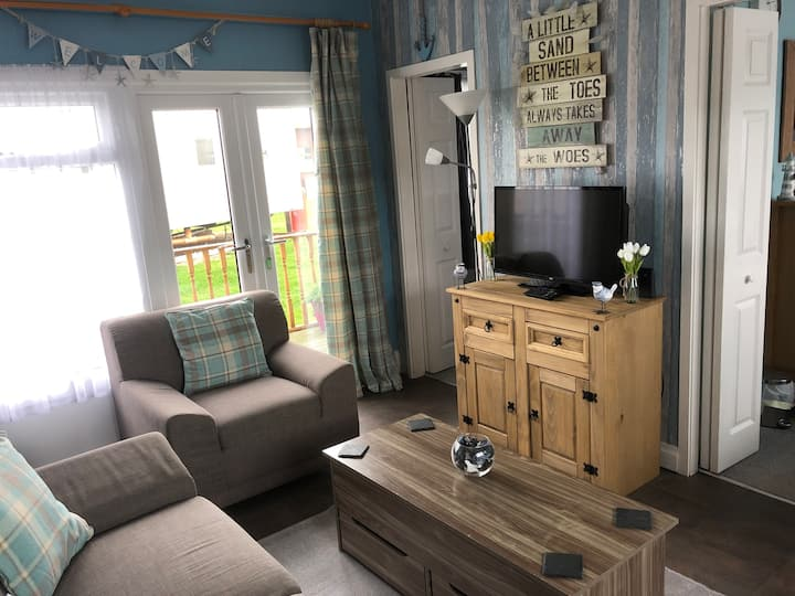 Two bedroom dog friendly chalet for rent