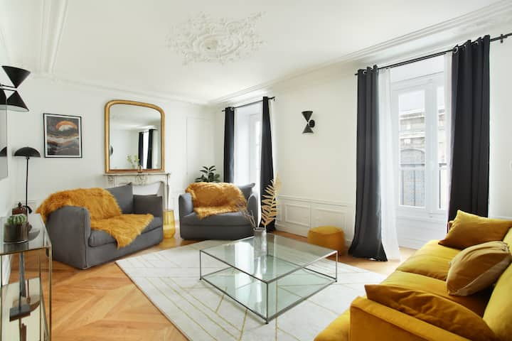 Sublime apartment Louvre Museum