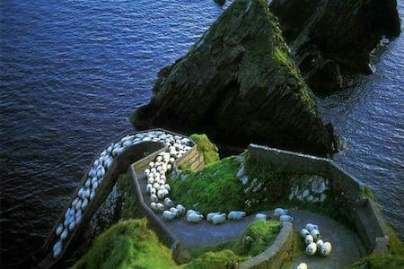 Dunquin Studio Apartment. Dingle Peninsula.