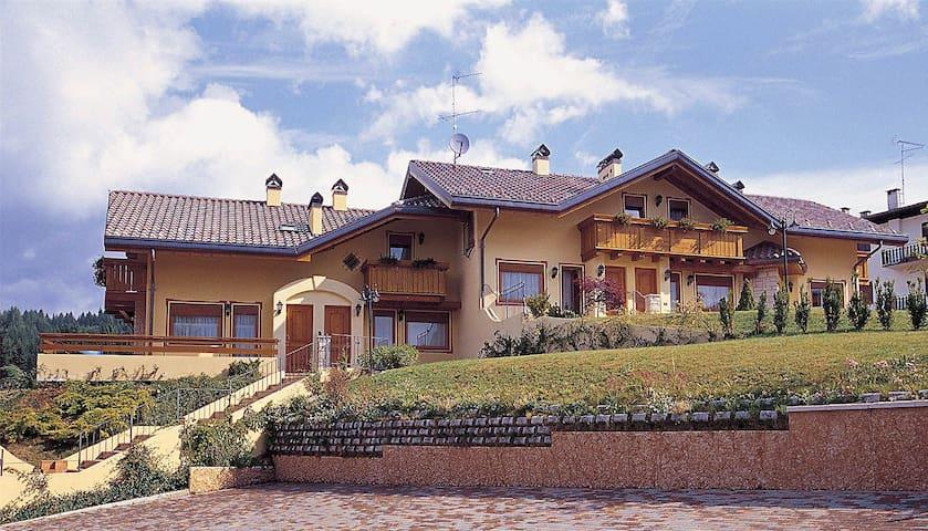 Casa a Camporovere di Roana - Camporovere - House