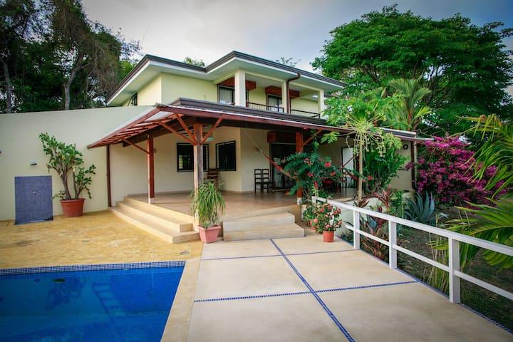 Villa Veneta - Montezuma - Vila