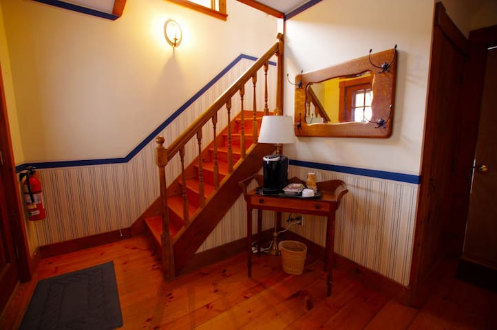 The Carriage House - The Wilmington Inn