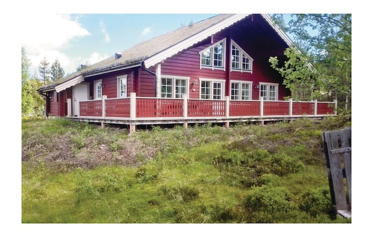 Holiday cottage with 3 bedrooms on 123m² in Sälen