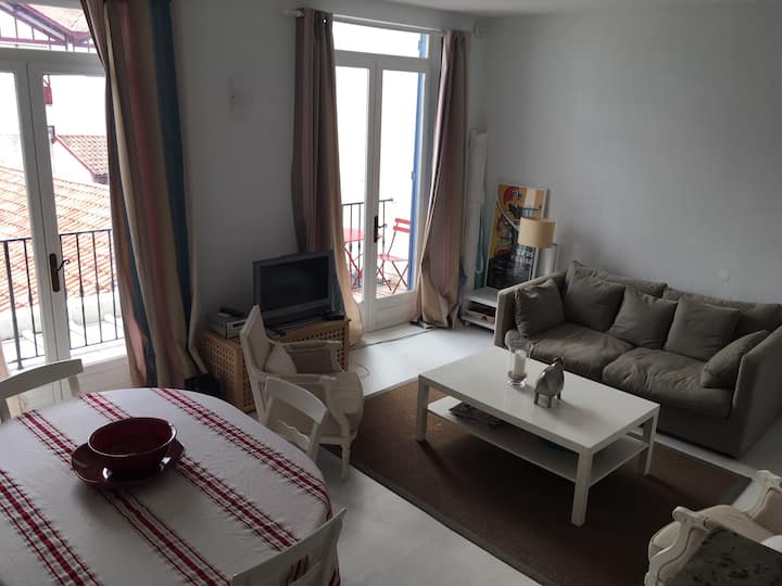 Charming T2 in the heart of Ciboure and 5 minutes walk from St-Jean-de-Luz