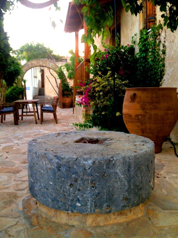 tsikalaria traditional villa