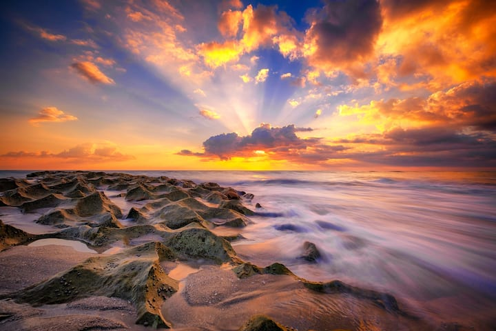 STEPS TO THE BEACH in Palm Beach Shores FL